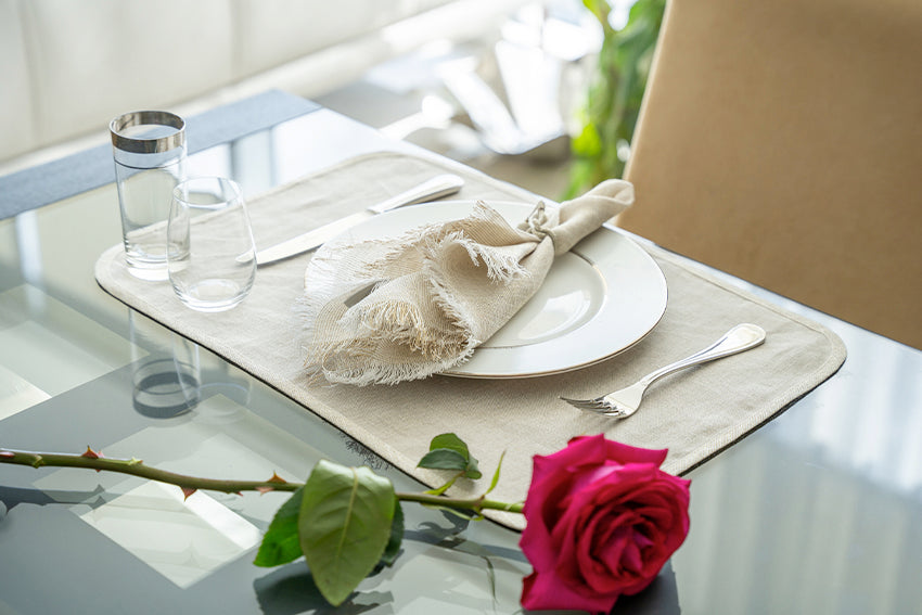 Ideas for a Romantic (or Fun!) Valentine's Table