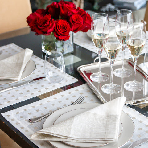 Rose Table Setting Valentines Idea