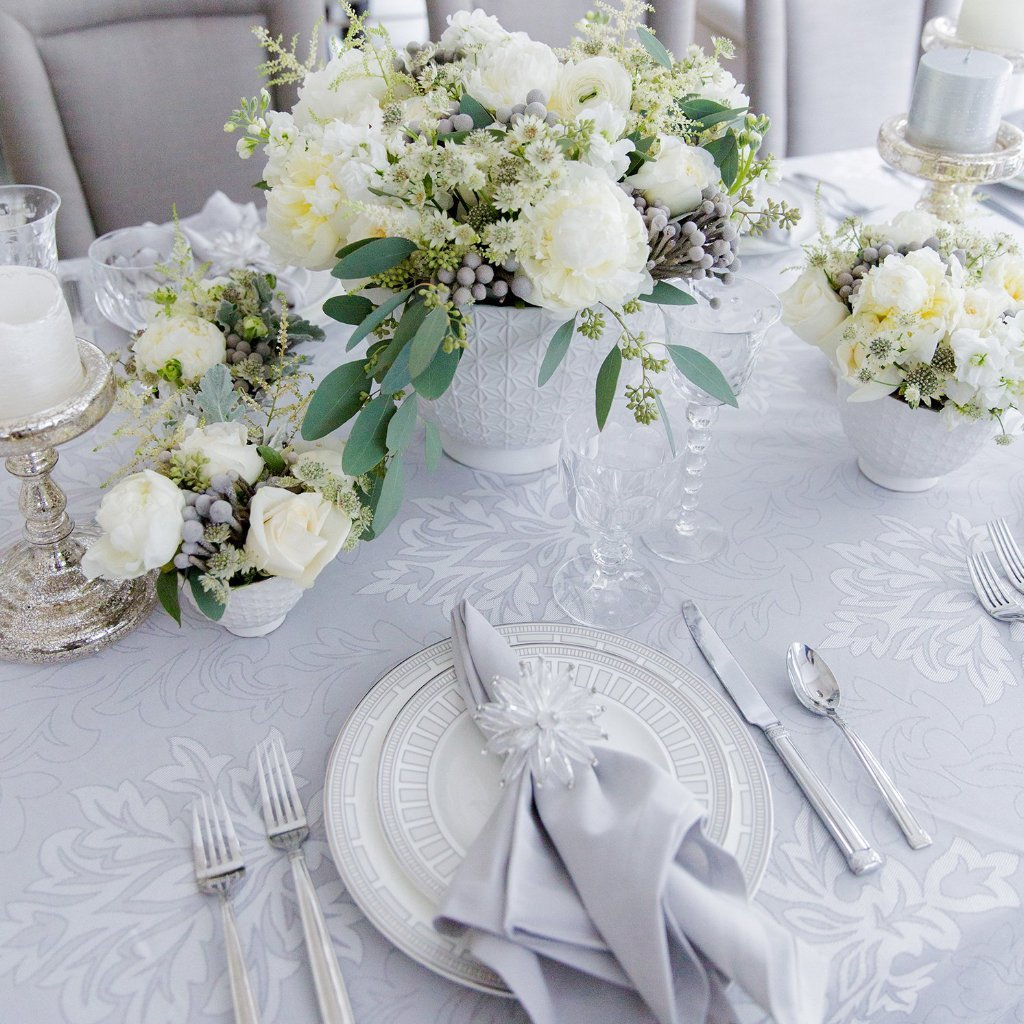 Aspen Tablecloth Set with Napkins