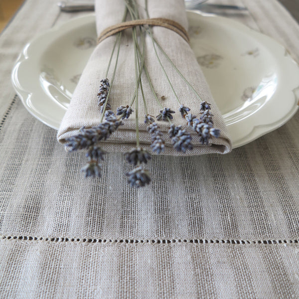 Mode Living easycare Greenwich beige linen placemats with hemstitch