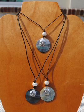 Sand Dollar Necklace - Summertime Boutique