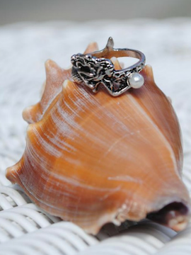 Mermaid with Pearl Ring - Summertime Boutique