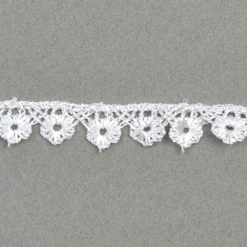 Petite Flower Cotton Trim - White - 0.5