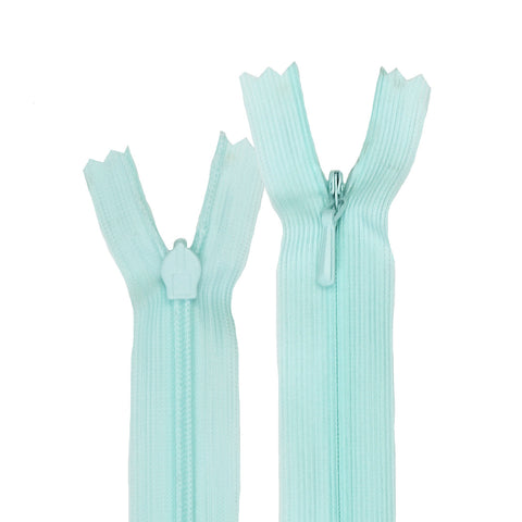Invisible Zippers - #822 Light Turquoise