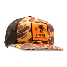 Load image into Gallery viewer, Vintage Camo Trucker Hat