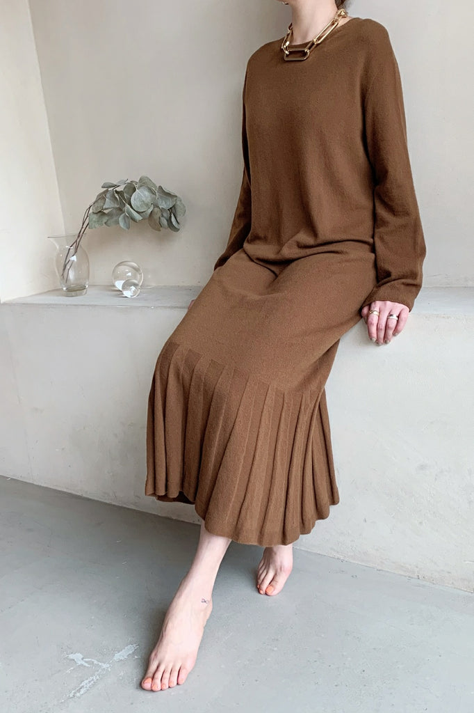 Knit Pleated Dress - Brown