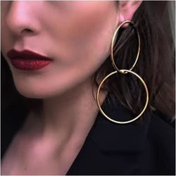 LOLA HOOPS Gold Earrings