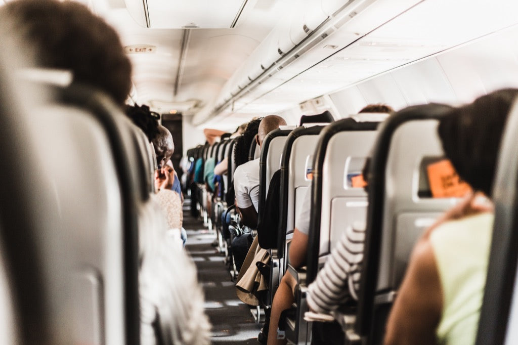 airplane-avoiding-germs-tips