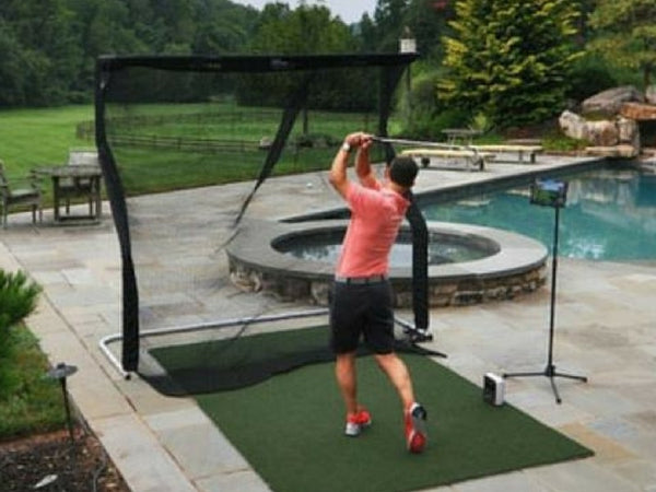 Portable Outdoor Golf Simulator - SkyTrak with The Net Return