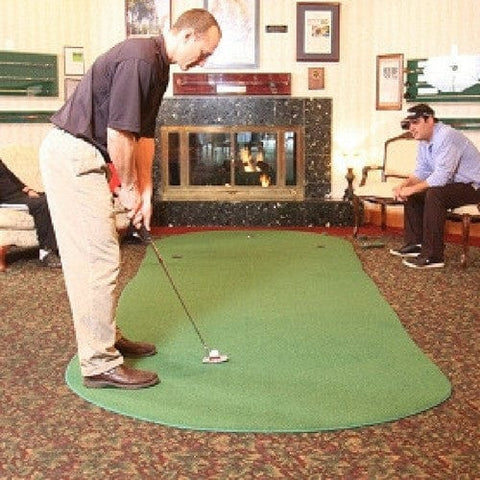 Big Moss Admiral Golf Putting Mat In Living Room