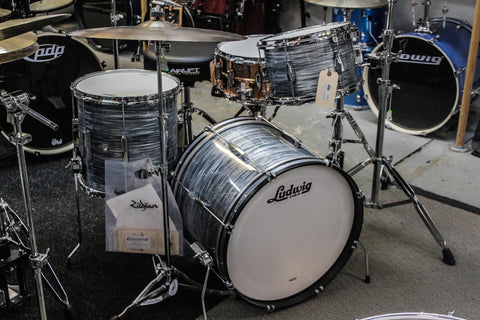 Ludwig Club Date 3 Piece Drum Set Vintage Blue Oyster