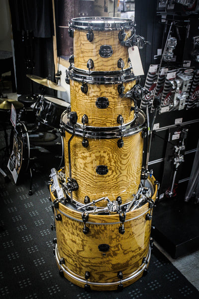 Mapex Saturn IV 4 Piece Drum Set Amber Maple Burl