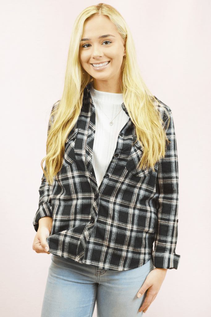 classic roll sleeve flannel - black