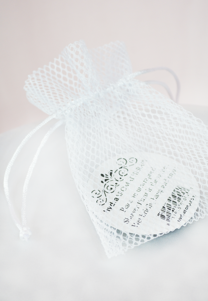 sachet for shower bursts-white