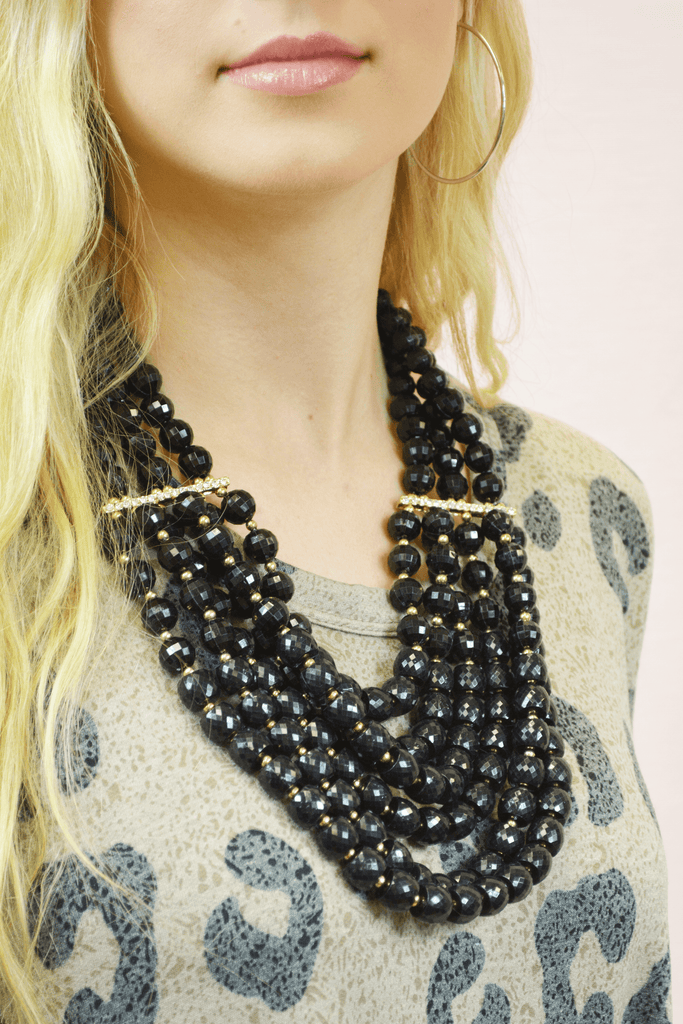 beaded beauty necklace - black