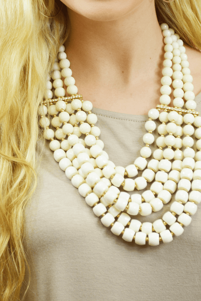 beaded beauty necklace - ivory
