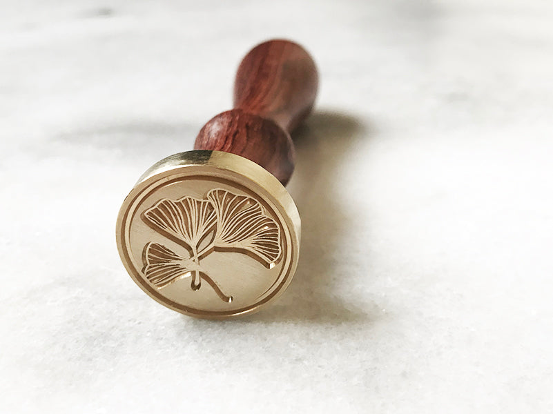 "Ginkgo Leaf 1"" Dia. Wax Stamp"