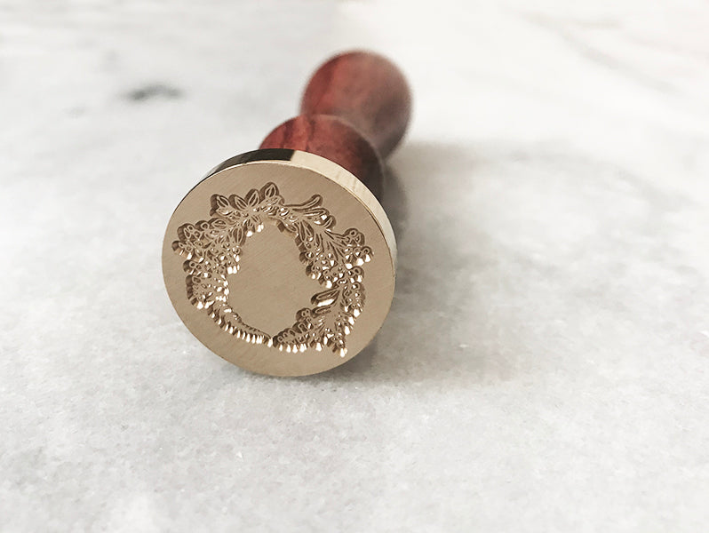 "Luxe Wreath 1"" Dia. Wax Stamp"
