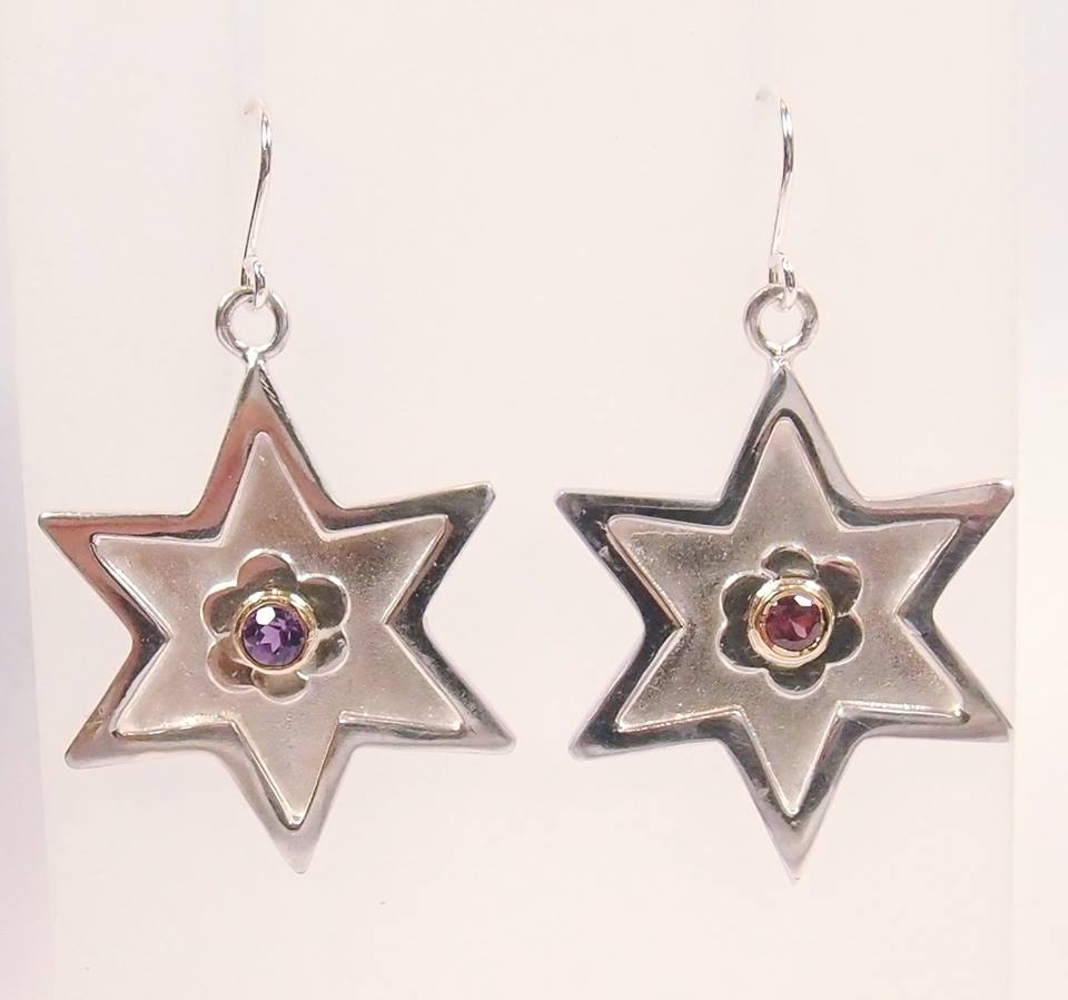 Silver Star Drop Earrings with Amethyst and Garnet: Pietra