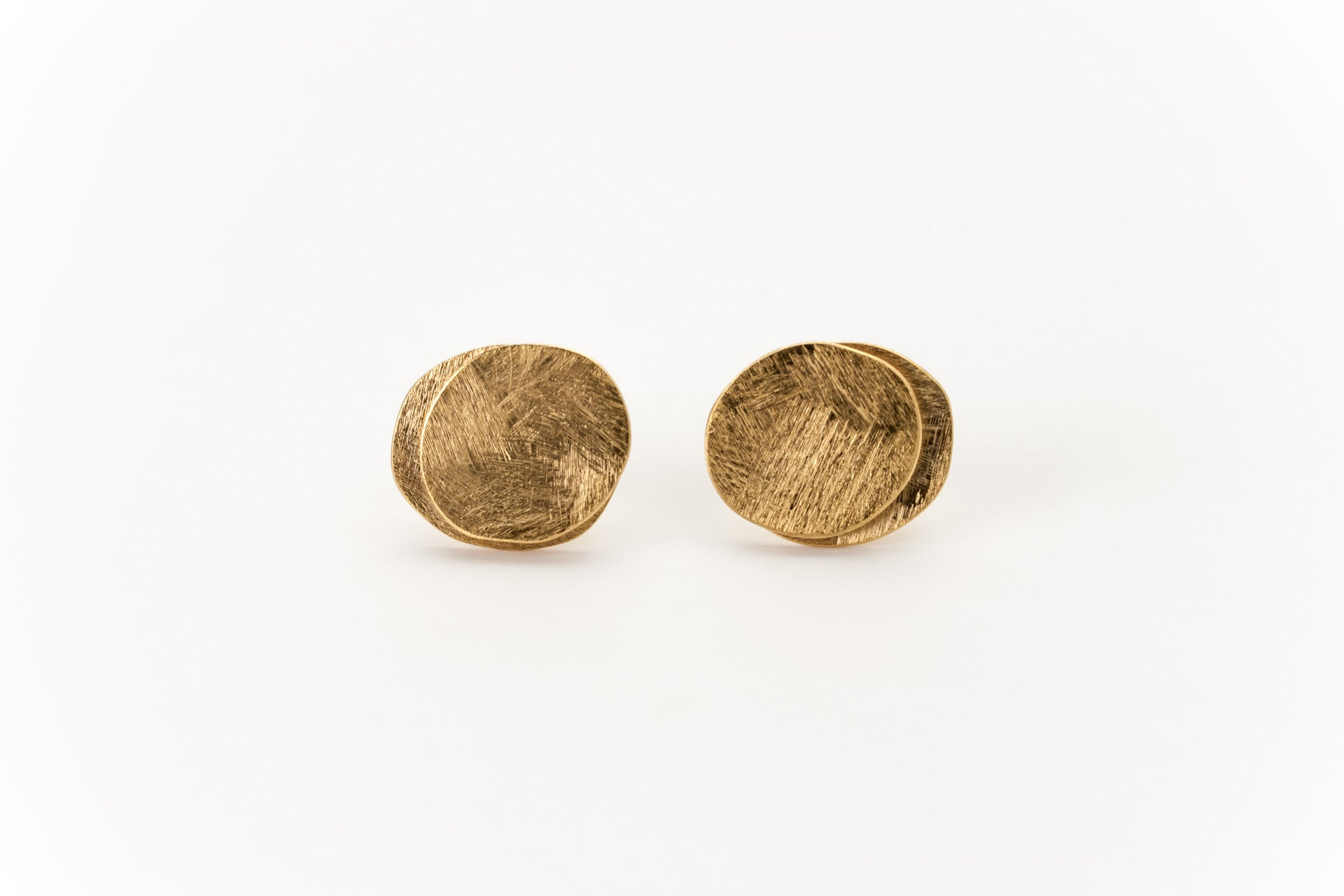Double Disc Golden Ear Studs: Deco Echo - Magpie.Kiwi