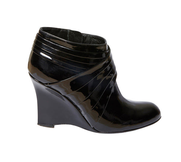 a54888cbf66 Genuine VALENTINO Patent Leather Ankle Boots | Size 38.5 Eur – beanloved