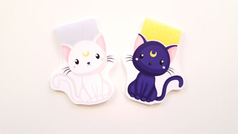 Magical white kitty bookmark