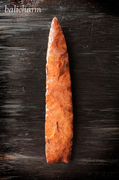 Native American Indian chert (flint) spear-blade, Missouri, US
