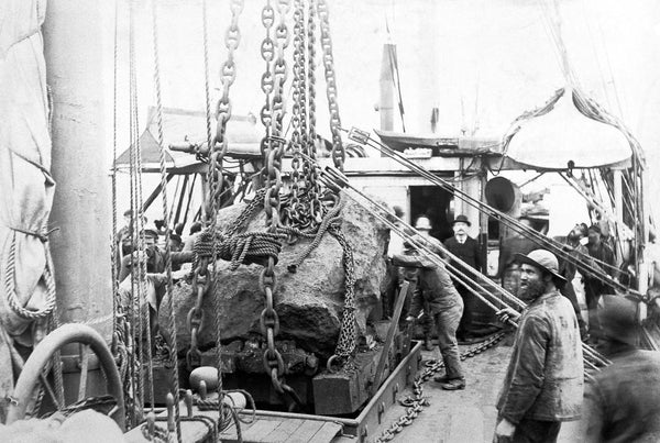 The 31-ton 'Tent' meteorite being loaded aboard Robert Peary's ship in 1897