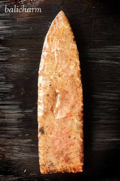 Native North American Indian flint/chert spear head for sale at Bali Charm