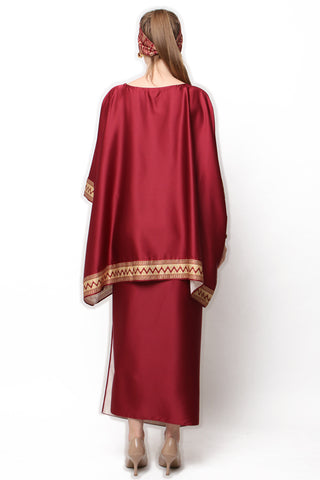 Kanzi Red Tunik Set with Sarong