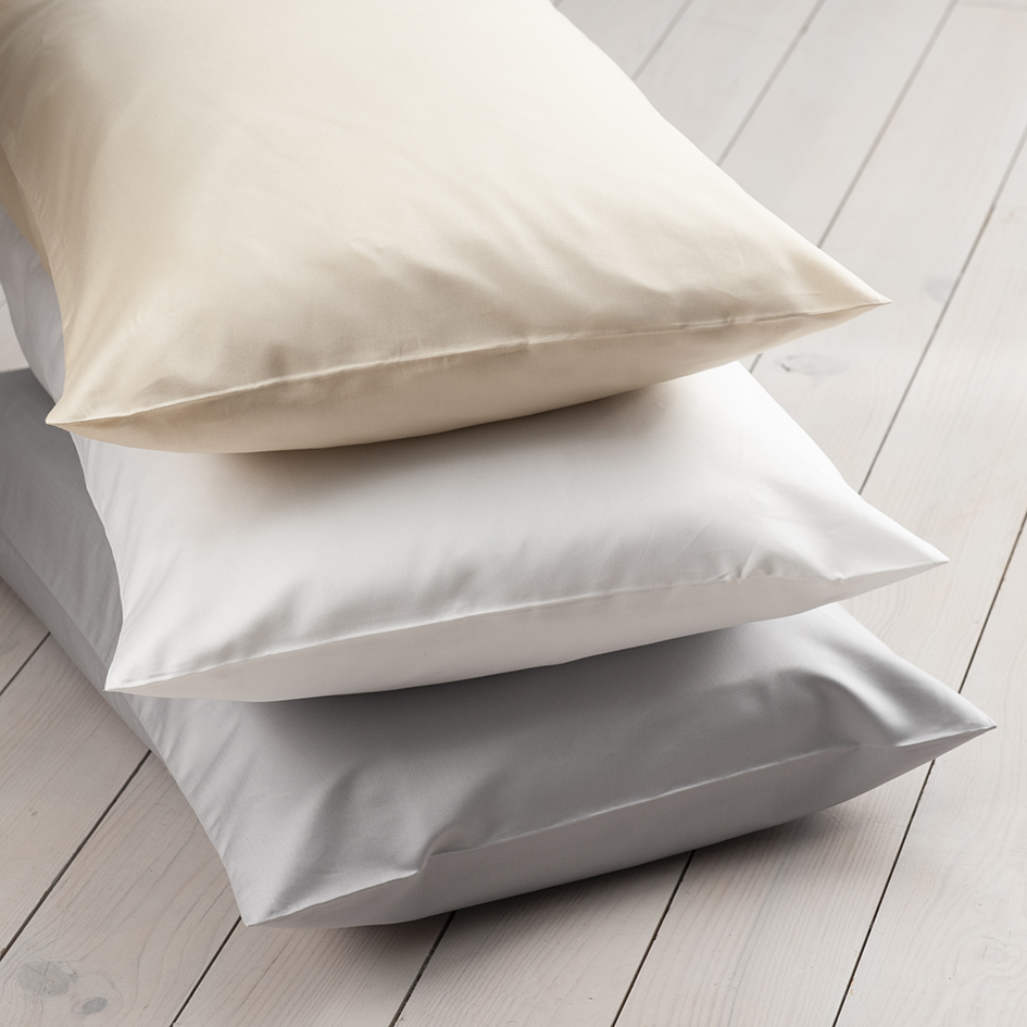 600 Thread Count HOUSEWIFE Pillowcase - Pair