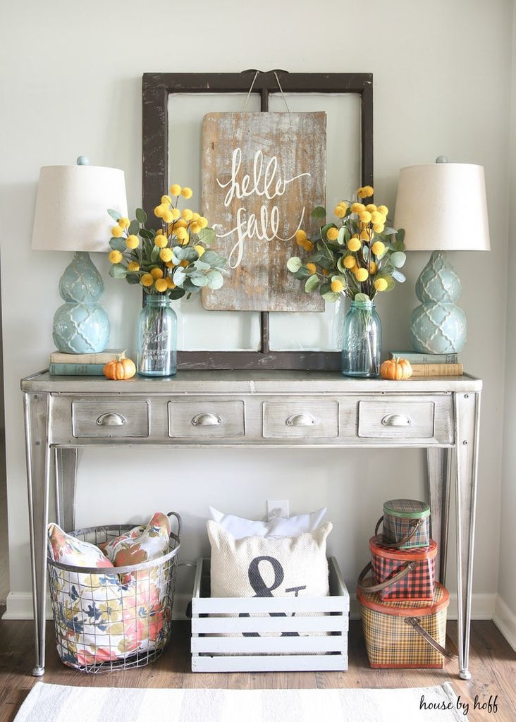 Entryway Decor... You only get one chance to make a first impression!