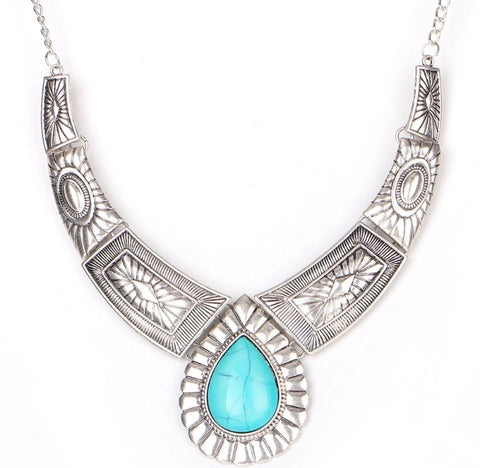 Ethnic Necklace With Large Gem - LX Crafts Co