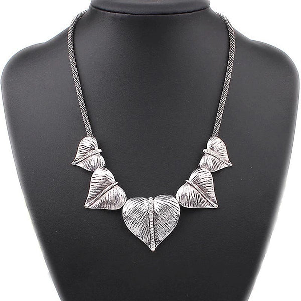 Vintage Heart Leaf Statement Necklace - LX Crafts Co
