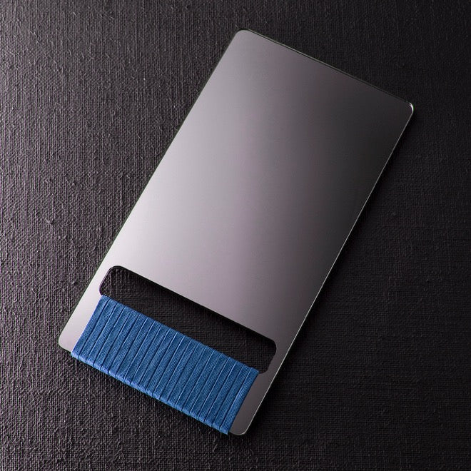 BARBER HAND MIRROR - blue