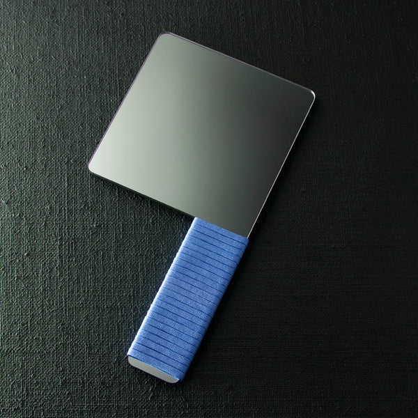 CLEAVER HAND MIRROR - blue