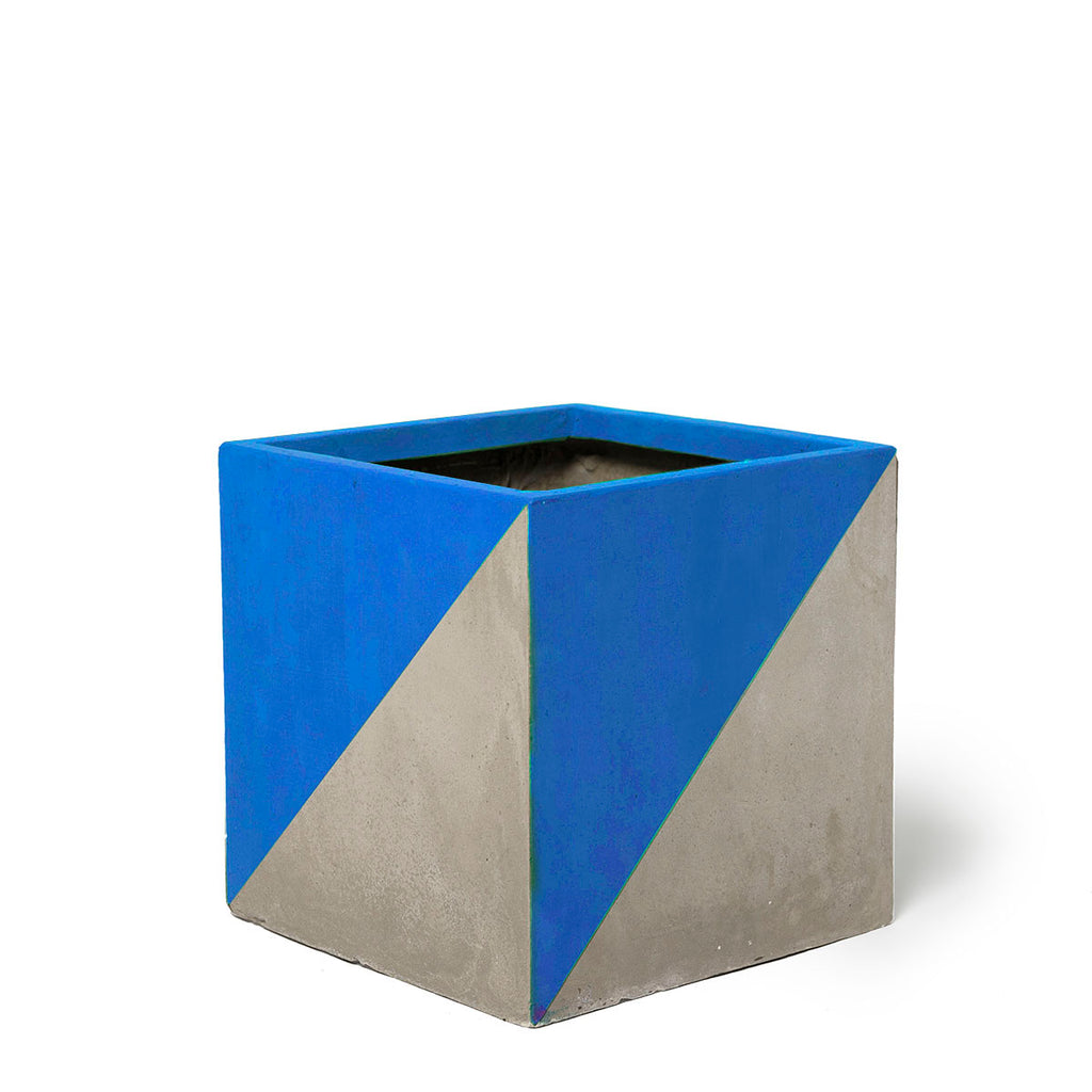 Play Pot Small Concrete Blue Triangle
