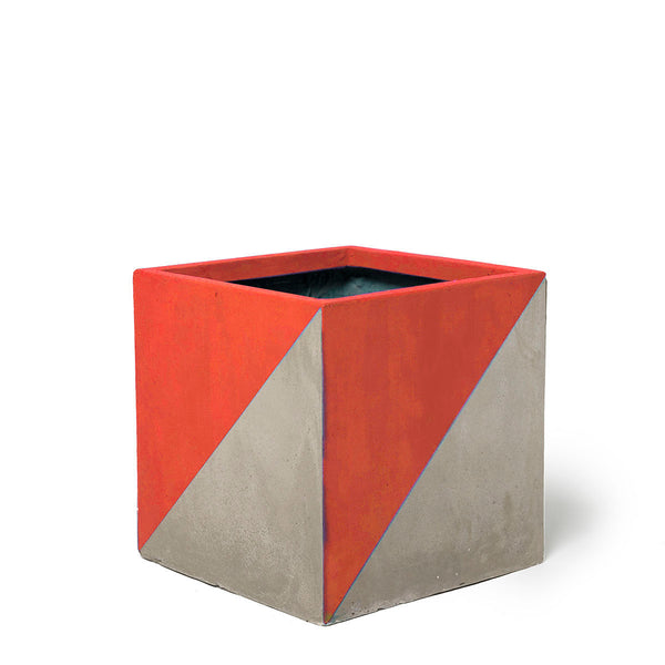Play Pot Small Concrete Red Triangle