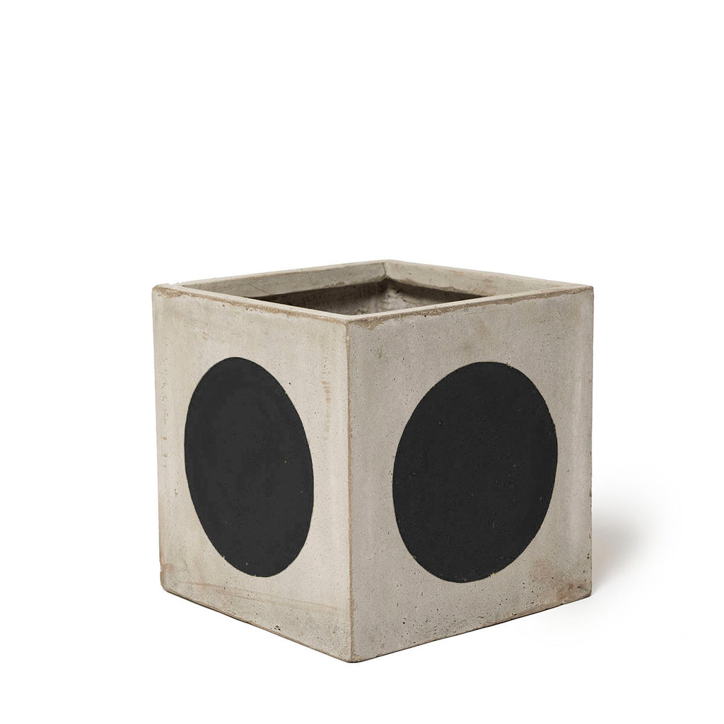 Play Pot Small Concrete Black Spot