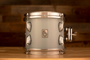 BRITISH DRUM COMPANY 8 X 7 LEGEND SERIES TOM, SKYE BLUE EXO-TONE (INCLUDES TOM HOLDER)