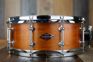CRAVIOTTO CUSTOM SHOP 14 X 5.5 SOLID SHELL MAHOGANY SNARE DRUM, SIGNED BY JOHNNY CRAVIOTTO 2009 (PRE-LOVED)