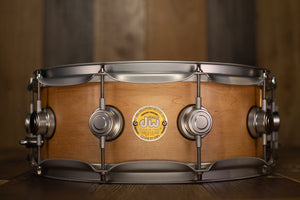 DW 14 X 5.5 COLLECTORS SPECIALITY SOLID SHELL MAPLE SNARE DRUM, NATURAL SATIN OIL, SATIN HARDWARE (PRE-LOVED)
