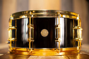GRETSCH 14 X 6.5 NEW CLASSIC GCNIK4164BC BLACK BRASS SNARE DRUM WITH GOLD HARDWARE, LIMITED EDITION (PRE-LOVED)