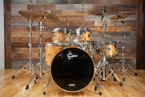 GRETSCH USA CUSTOM 5 PIECE DRUM KIT, SATIN NATURAL (PRE-LOVED)