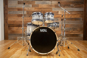 NATAL ARCADIA UF22 5 PIECE DRUM KIT WITH HARDWARE, BLACK TO SILVER SPARKLE SUNBURST LACQUER