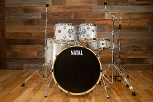 NATAL ARCADIA UF22 5 PIECE DRUM KIT WITH STANDS, WHITE SPARKLE