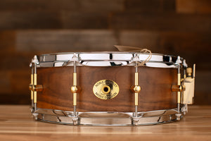 NOBLE & COOLEY 14 X 5 SS CLASSIC SOLID SHELL WALNUT SNARE DRUM, CLEAR MATTE