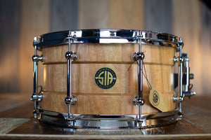 SIA 13 X 7 LEMON SCENTED GUM SOLID STAVE BARITONE BLOCK SHELL SNARE DRUM