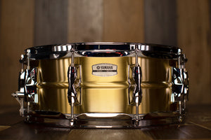 YAMAHA 14 X 5.5 RECORDING CUSTOM BRASS SNARE DRUM