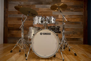 YAMAHA ABSOLUTE HYBRID MAPLE 4 PIECE DRUM KIT, SILVER SPARKLE LACQUER